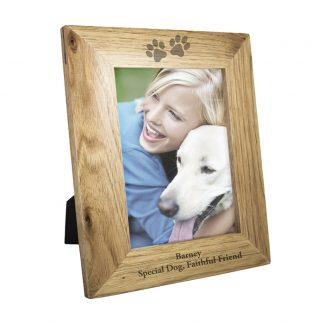Personalised 7x5 Paw Prints Wooden Photo Frame