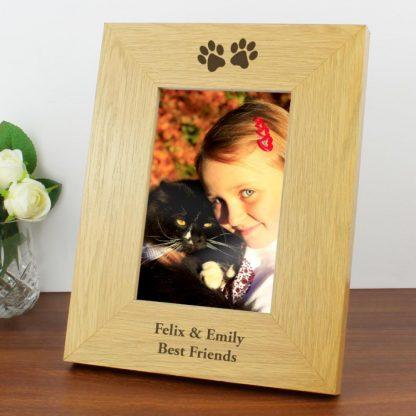 Personalised Oak Finish 6x4 Paw Prints Photo Frame