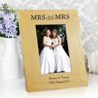 Personalised Oak Finish 6x4 Mrs & Mrs Photo Frame