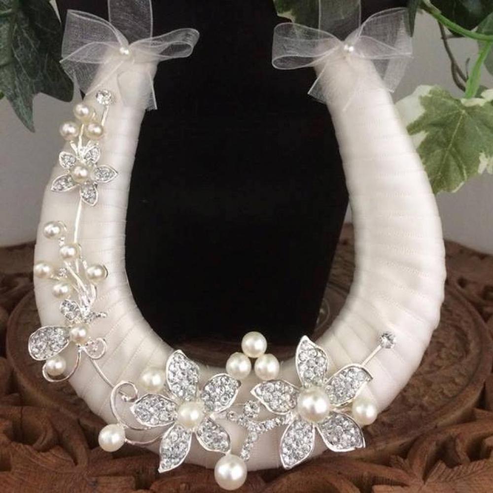 2960bcb9014 Wedding Day Horseshoe Handmade Ivory Ribbon with Diamante ...